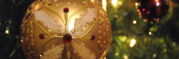 Enjoying Christmas: Decorating