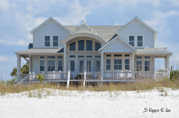 Dream Beach House at SkipperClan